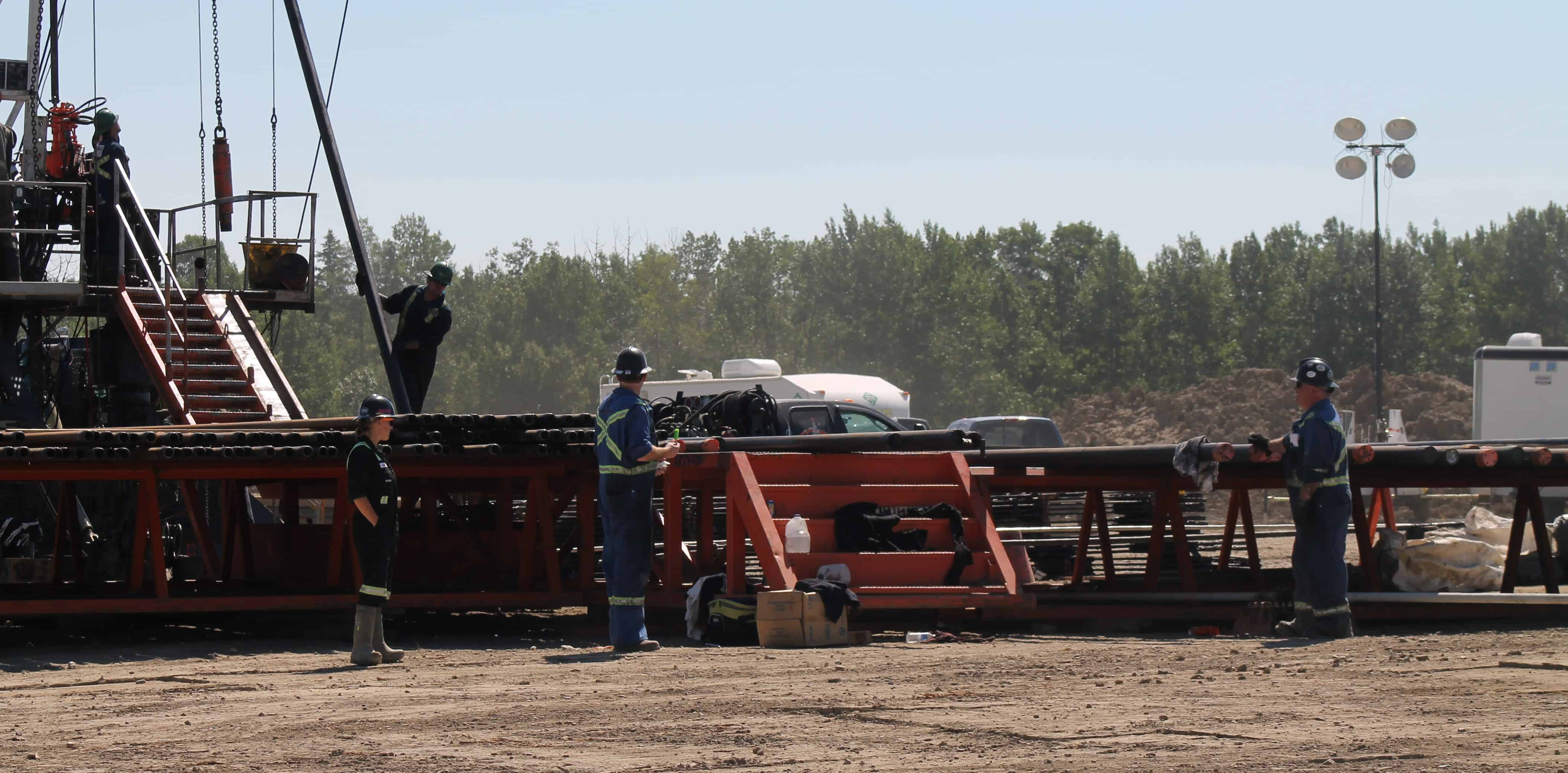 mud-creek-medics-oil-and-gas-alberta-highly-knowledgeable-e1407968841603